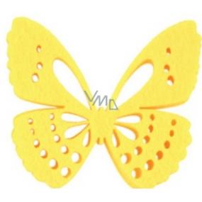 Dekorace motýl z filcu žlutý 6 cm